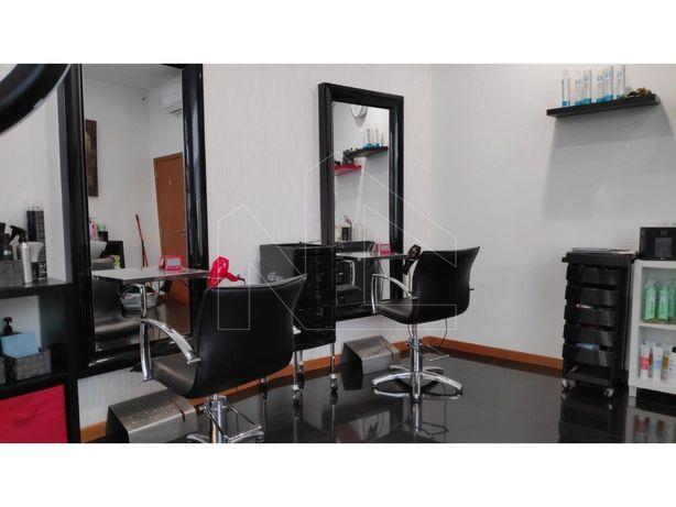 Salão de cabeleireiro e estética
