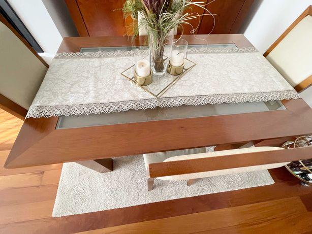 Mesa de jantar extensível em cerejeira com 4 cadeiras