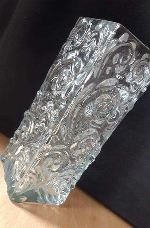 Wazon szklany zdobiony