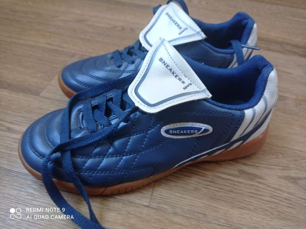 Sneakers   бутсы футзалки копочки 36 р