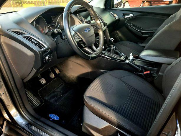 Ford Focus Titanium mk3.5  1.5 tdci 120 cv