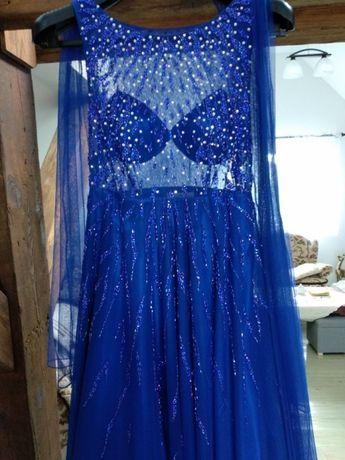 Suknia KUEA kupiona na Sardyni za prawie 7tys (1,500Euro)