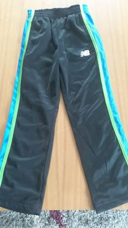 Spodnie dresowe NB 4 lata