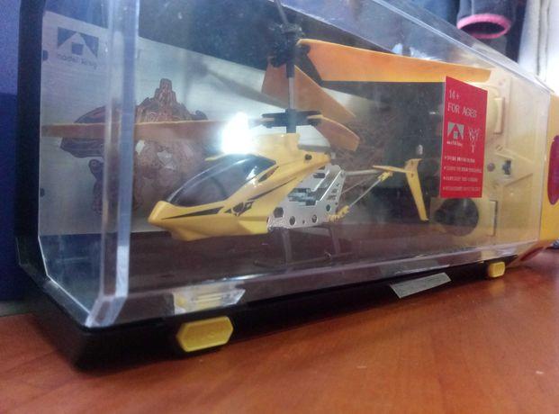продам вертолет на радио управлении