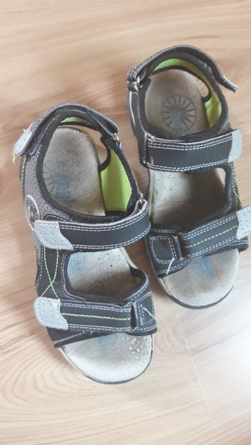 Sandały chłopięce r.34