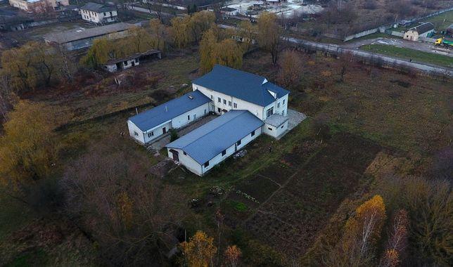 Виробничо-житловий комплекс 1000 кв.м + земельна ділянка 1,25 га