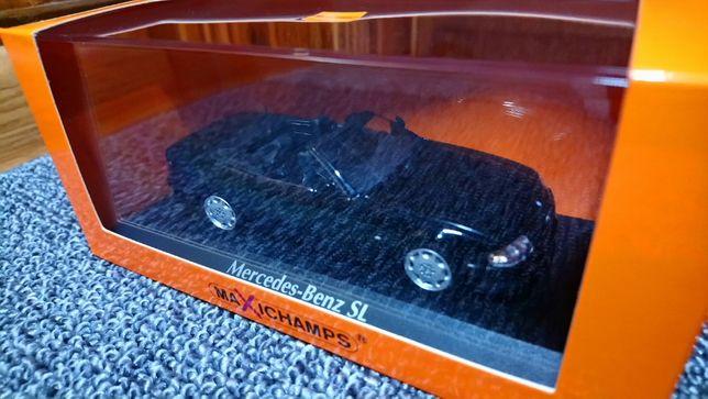 Mercedes-Benz SL R129 Minichamps Black 1:43 model