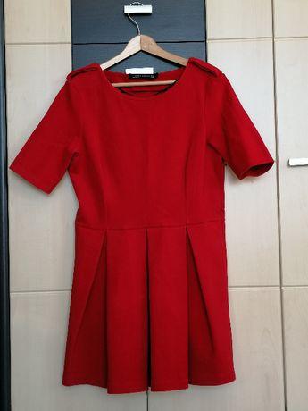 Sukienka czerwona Zara