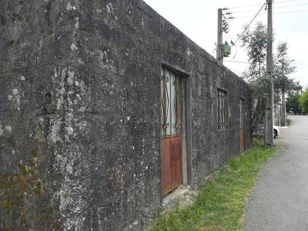 Casa Res do chão para construção habitacional ou negócio