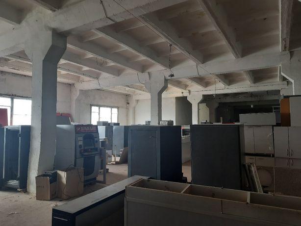 Сдам в аренду складские помещения 500-2400 м.кв. без комисии