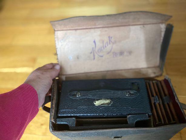 Muito Antiga Câmara  fotográfica Kodak. Com bolsa de couro, complet
