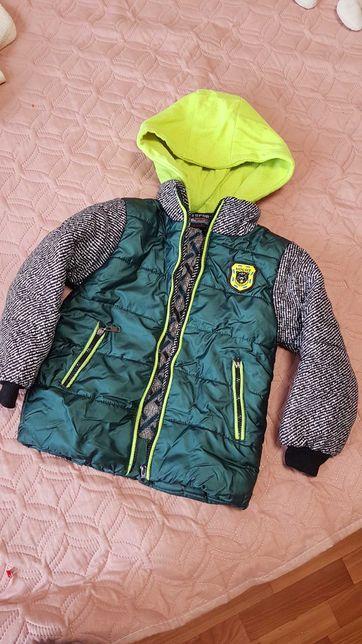 Детская куртка на возраст 6-7 лет