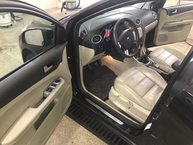 Продам Форд Focus 1.6 TDI