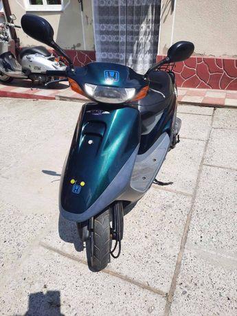 Honda tact 30 japan
