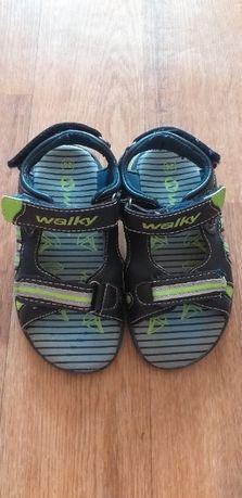 Продам детские сандали Walky