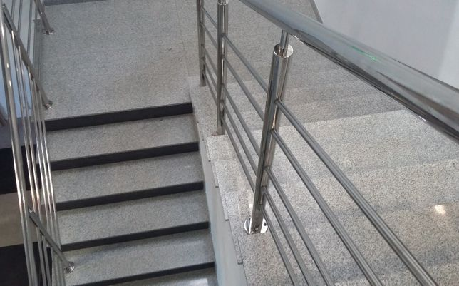 Schody wewnętrzne granitowe strzegom stopnica