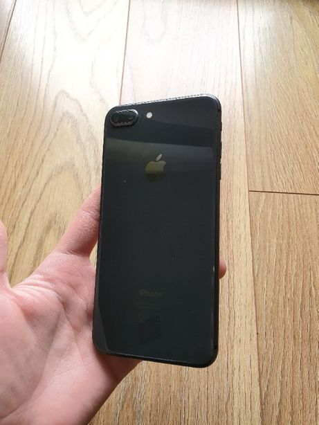 iPhone 8 Pluse 64 Gb