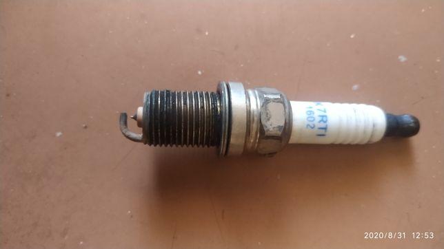 Свеча зажигания иридиевая K7RTI