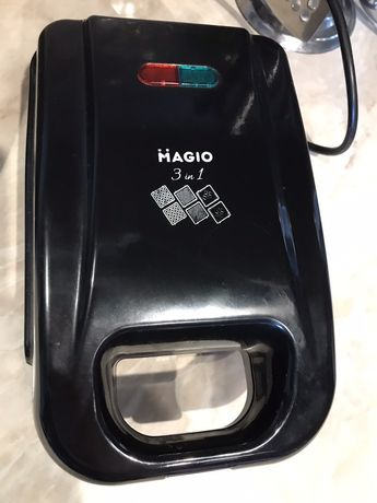 Бутербродница Magio MG-363