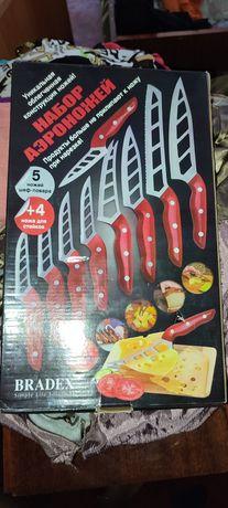 Продам набір ножів нові