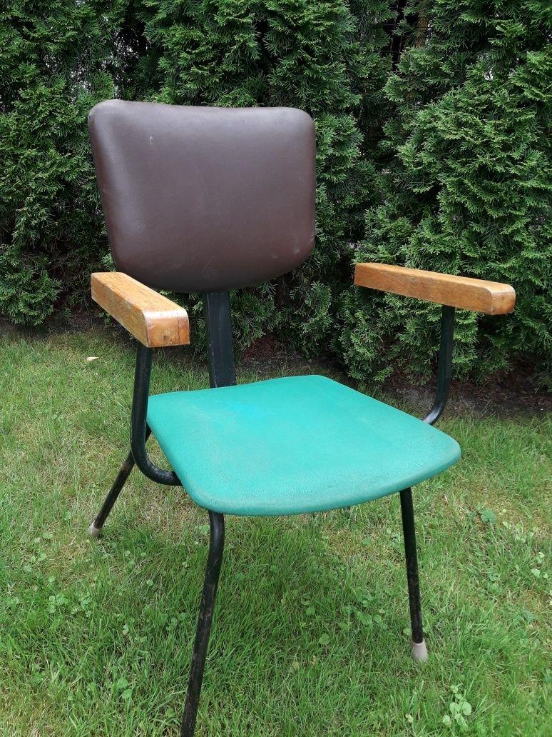Крісло перукарське для сушіння волосся.