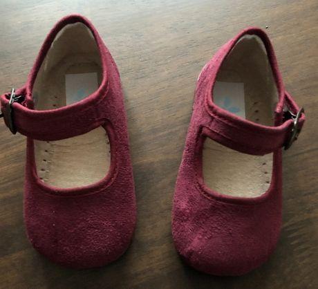 Sapatos, tamanho 20, NOVOS!Portes grátis.