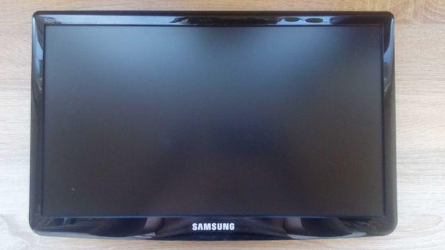 Монитор Samsung SyncMaster SA10