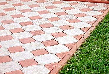 Укладка тротуарной плитки виброплитой