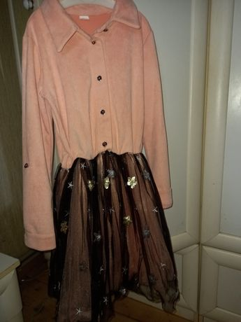 Гарне плаття для дівчинки