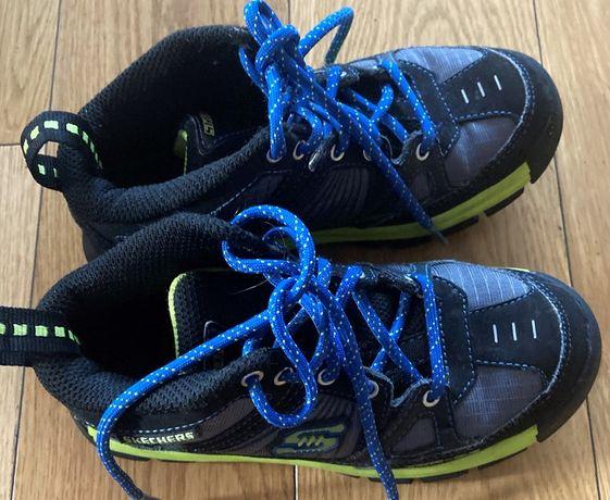 Buty przejściowe Skechers 33,5