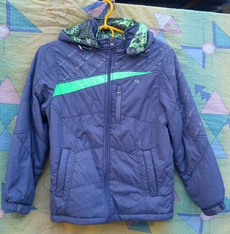 Двухсторонняя демисезонная куртка для мальчика, р.40