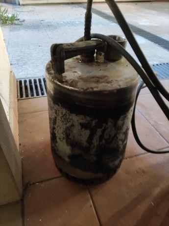 Bomba Águas Limpas Grundfos Trifasica