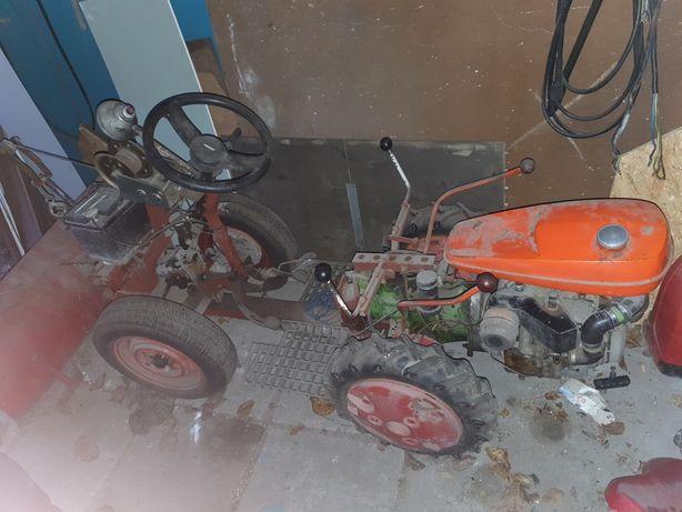 Traktorek dzik własnoręczny