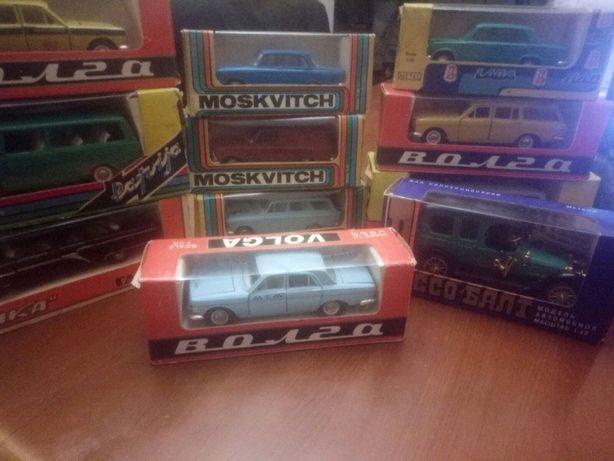 детская машинка Волга ГАЗ-24 -02 Такси модель 1:43 металл СССР А 14