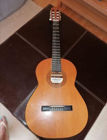 Guitarra clássica como nova