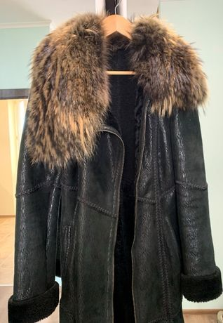 Дубленка женская натуральная, енотовый мех