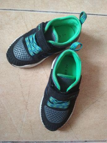 Кросівки Carters , 7 розмір