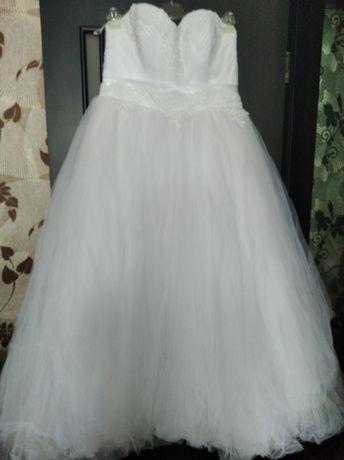 Платье свадебное шикарное