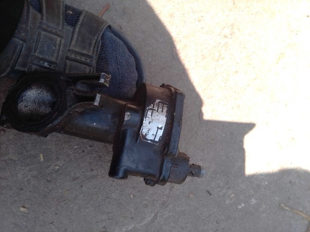 Вакуумний підсилювач ford courier