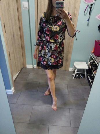 Sukienka kwiaty koronka mini S/M