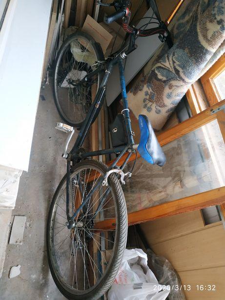 Велосипед турист, навесное хорошее Шимано,