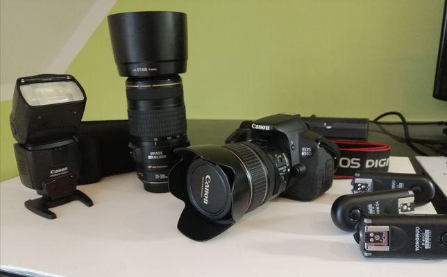 Canon 650D plus obiektywy i lampa.