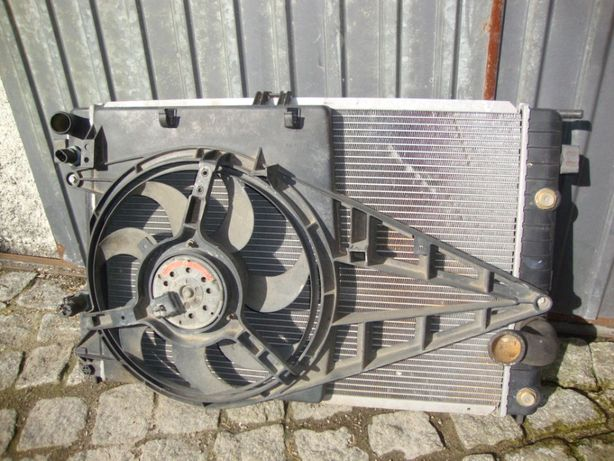 Opel Omega (radiador)