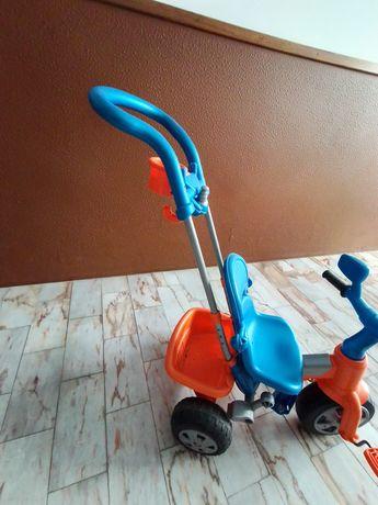 Triciclo com apoio