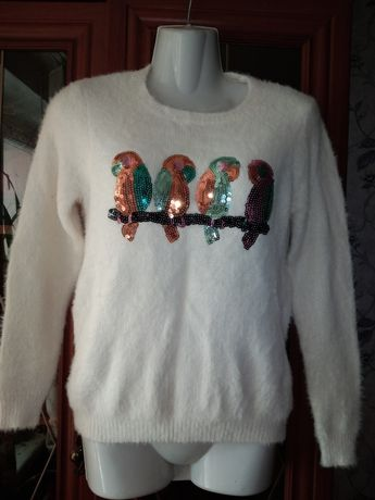Теплый свитер из ангоры