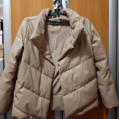 Абсолютно новая куртка reserved бежевая