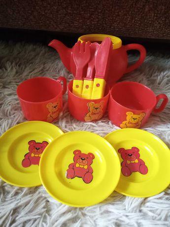 Посуд - іграшковий набір
