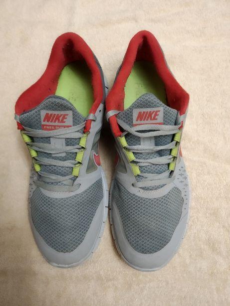 Кроссовки Nike 5.0