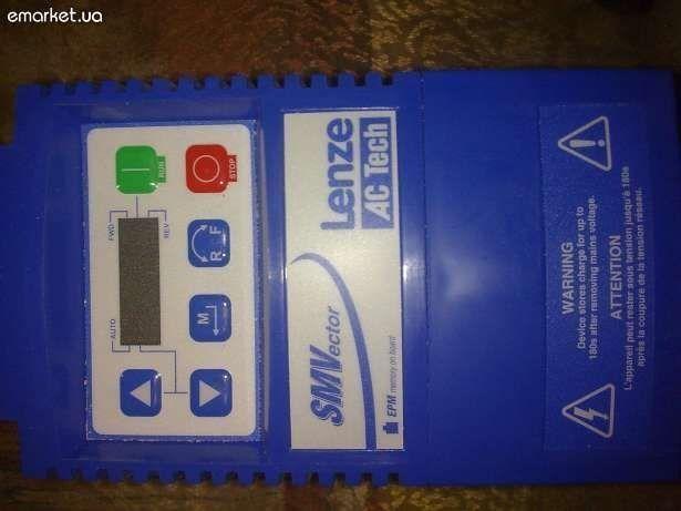 Lenze Преобразователь частоты vector 0,37кВт 220В 1Ф ESV371N02YXВ