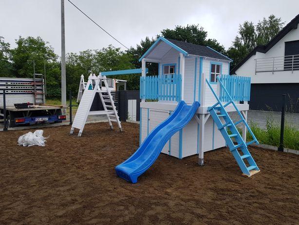 Place zabaw . Domki dla dzieci .